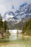 Lago Hintersee nelle alpi bavaresi Immagine Stock Libera da Diritti