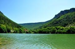 Lago Hodzha-Sala ad estate Fotografie Stock Libere da Diritti