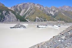 Lago hooker, Nueva Zelandia foto de archivo libre de regalías