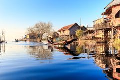 Lago Inle en estados del Shan foto de archivo