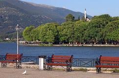 Lago Ioannina e mesquita Grécia de Ali Pasha Fotos de Stock