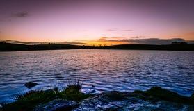 Lago irlandés en la puesta del sol Fotografía de archivo libre de regalías
