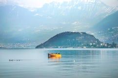 Lago Iseo - Monte Isola - Стоковые Фотографии RF