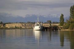Lago Issyk-Kul em Quirguizistão, Ásia central Imagens de Stock Royalty Free