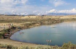 Lago Issyk Kul en Kirguistán Fotografía de archivo libre de regalías