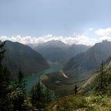 Lago Königssee nos alpes bávaros fotos de stock royalty free