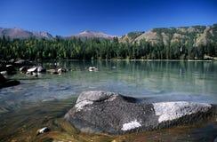 Lago Kanas, China imagem de stock royalty free