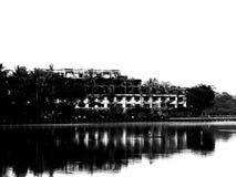Lago Kandawgyi em Yangon fotos de stock royalty free