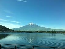 Lago Kawaguchi com Monte Fuji Imagens de Stock