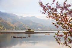 Lago Kawaguchiko en Japón Imagen de archivo