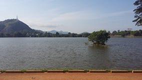 Lago Kurunegala em Sri Lanka fotos de stock royalty free