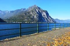 Lago Lecco, Italia Imagen de archivo libre de regalías