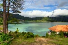 Lago Linau en Tomohon Foto de archivo