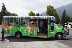 Lago Louise Shuttle Bus, Banff Canadá Imagem de Stock Royalty Free