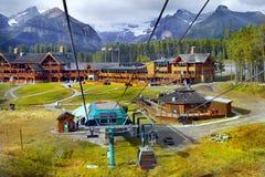Lago Louise Ski Resort, opinión de la góndola, parque nacional de Banff, Canadá imágenes de archivo libres de regalías
