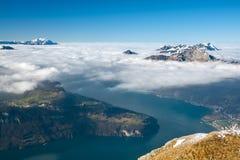 Lago Lucerna con il supporto Rigi e Pilatus Fotografie Stock Libere da Diritti