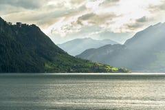 Lago Lucerna nella sera Fotografia Stock