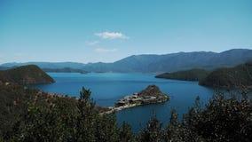 Lago Lugu con la penisola di Lige fotografia stock libera da diritti