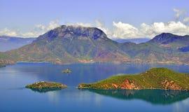 Lago Lugu, el reino de las mujeres Fotografía de archivo libre de regalías