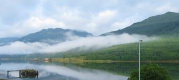 Lago lungamente Fotografie Stock