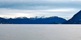 Lago Maggiore ed alpi svizzere Fotografia Stock Libera da Diritti