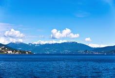 Lago Maggiore ed alpi svizzere Immagini Stock Libere da Diritti