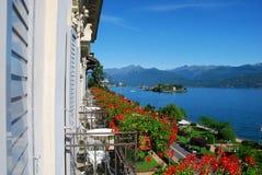 Lago Maggiore, opinião do hotel fotografia de stock