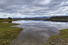 Lago Mahinapua Imágenes de archivo libres de regalías