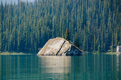 Lago Maligne en Jasper National Park Imágenes de archivo libres de regalías