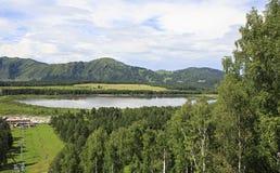 Lago Manzherok em Altai Imagens de Stock Royalty Free