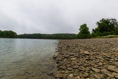 Lago Marburg, em Hanover Pensilvânia antes de uma tempestade do trovão foto de stock