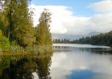 Lago Matheson - país de los glaciares Imágenes de archivo libres de regalías