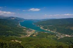 Lago Mavrovo fotos de stock
