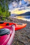 Lago McDonald en Serene Late Afternoon imagen de archivo libre de regalías