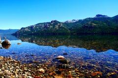 Lago Meliquina, no Patagonia Argentina foto de stock