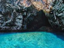 Lago Melissani nell'isola di Kefalonia, Grecia immagine stock