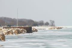Lago Michigan, Milwaukee, WI, U.S.A. a febbraio. Fotografia Stock