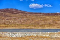 lago mineral en estepa Imágenes de archivo libres de regalías