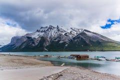 Lago Minnewanka Fotografia Stock Libera da Diritti