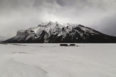 Lago Minnewanka Imagen de archivo