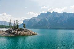 Lago Minnewanka Fotografia de Stock Royalty Free