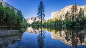 Lago mirror Fotos de archivo