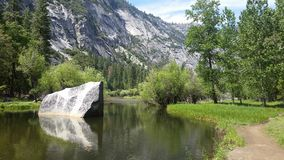Lago mirror en Yosemite Fotos de archivo