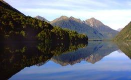 Lago mirror, Nova Zelândia Foto de Stock Royalty Free