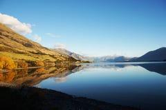 Lago mirror in Nuova Zelanda Fotografia Stock Libera da Diritti