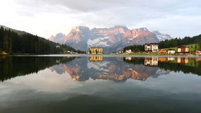Lago Misurina, Italia Fotos de archivo libres de regalías