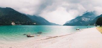 Lago Molveno em Trentino, Itália Imagem de Stock Royalty Free
