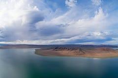 Lago Mongolian Telmen-Nuur imagem de stock