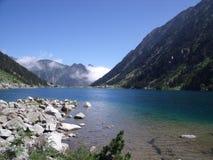 Lago in montagna francese fotografia stock