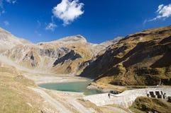 Lago in montagne austriache delle alpi Fotografia Stock Libera da Diritti